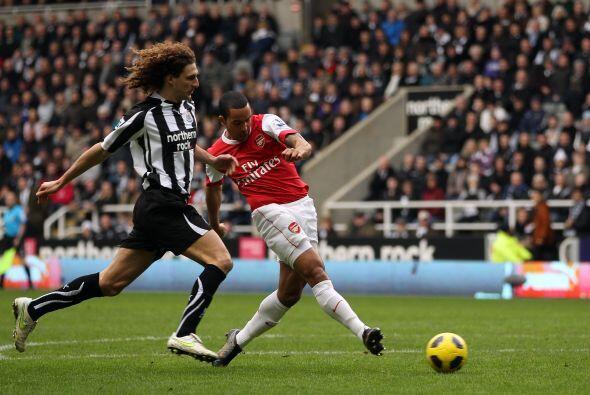 Arsenal y Newcastle protagonizaron un tremendo partido. El equipo 'rojo'...