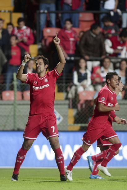 Pablo Velázquez volvió a ser el eje al ataque, en un equipo que llega di...