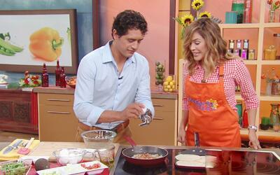 ¡Qué gran ejemplo de vida! Karla aprendió mucho al cocinar con el Chef B...