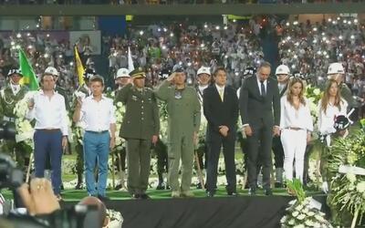 Colombianos rindieron un sentido homenaje a las 71 víctimas del accident...