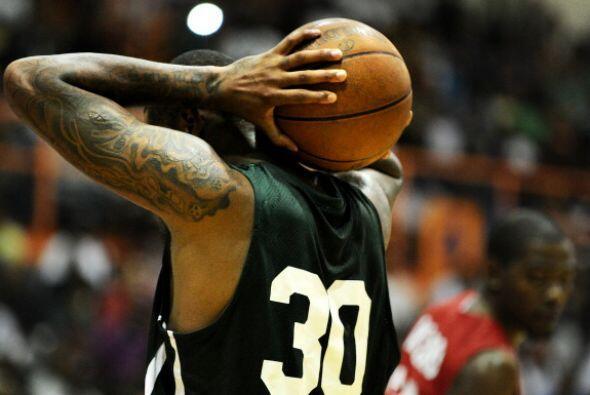 Carmelo Anthony anotó 27 puntos en este juego de la Goodman League.