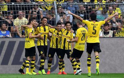 Borussia Dortmund celebra ante el Mainz en el inicio de la Bundesliga.