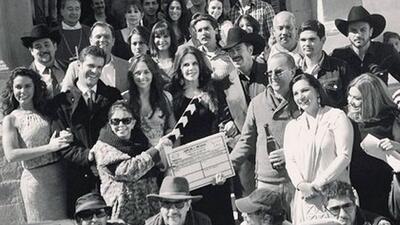 """El elenco y producción de """"Que te perdone Dios""""."""