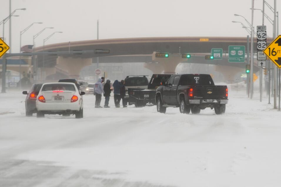 La tormenta sigue activa tras azotar cinco estados de EEUU nevada-texas4...