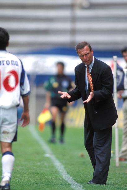 Pachuca en 1997 fue el primero en torneos cortos que cambió al t&...