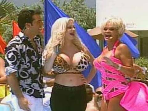 Felipe, Sabrina y Charytin se divierten en el reventón