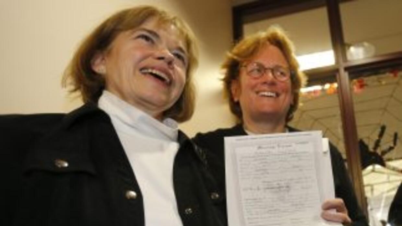 Un juez de la Corte Suprema autoriza la realización de matrimonios entre...