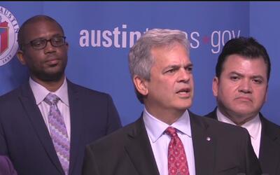 Alcalde de Austin anuncia creación de comité que trabajará para evitar q...