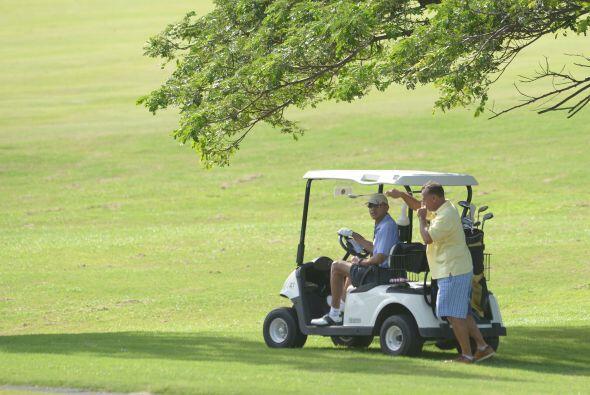 En su estancia por Hawaii, la familia Obama ha disfrutado sus día...