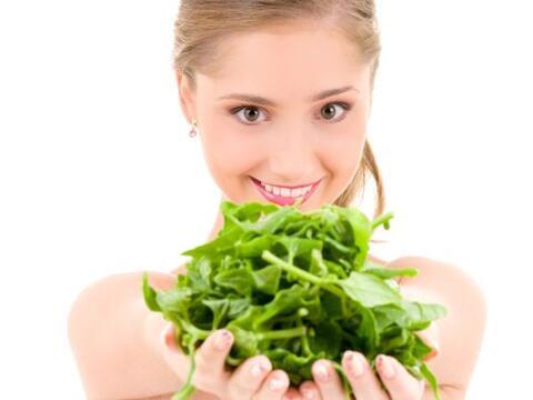 Espinaca  Las espinacas así como todos los vegetales verdes son muy salu...