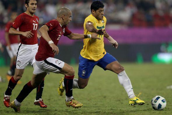 El jugador del Oporto, Hulk, volvió a demostrar su gran habilidad...