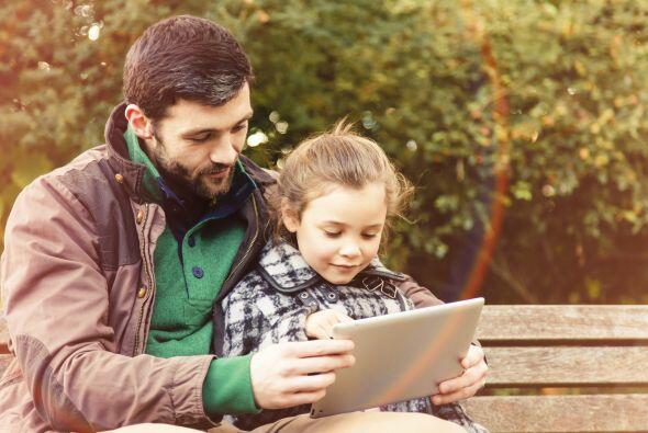 8. De preferencia limita el uso de dispositivos inteligentes, Internet,...