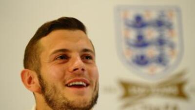 Wilshere dejó en claro que no apoya el que 'extranjeros' vistan la playe...