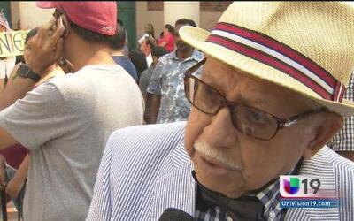 Hombre de 87 años consiguió la ciudadanía