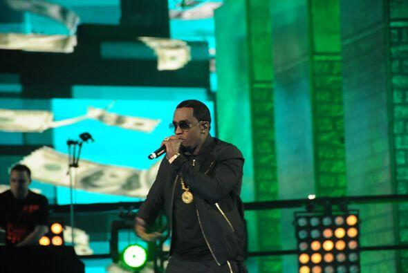 No faltó la parte musical al ritmo del hip-hop.