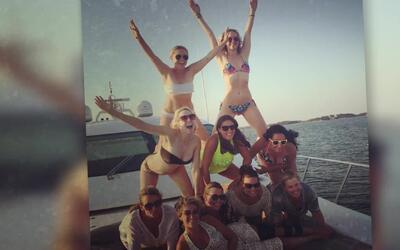 Jennifer Lawrence luce bikinazo durante sus vacaciones con Amy Schumer