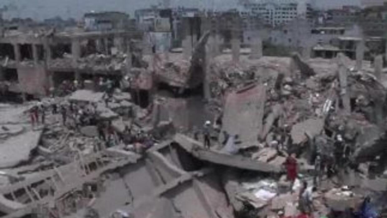 Más de 300 muertos en Bangladesh