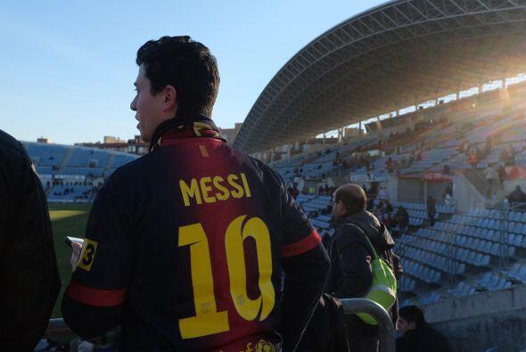 La afición del Getafe, y no sólo la de ese equipo, recibía en su estadio...