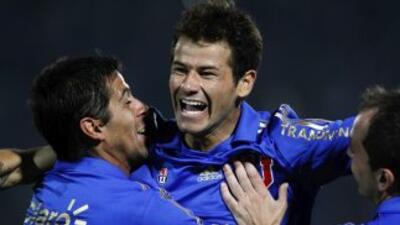 El solitario gol del plantel universitario lo marcó el delantero uruguay...