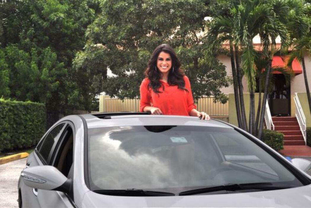 Les presentamos el nuevo Hyundai Sonata de Vanessa de Roide,   Nuestra B...