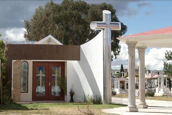 Algunos diarios locales dicen que 'El Lazca' es una persona muy religiosa.