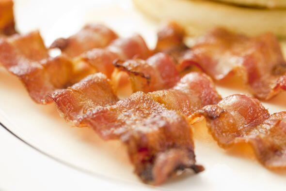 Colócalos en un plato con papel secante y, cuando se enfríen, tritúralos.