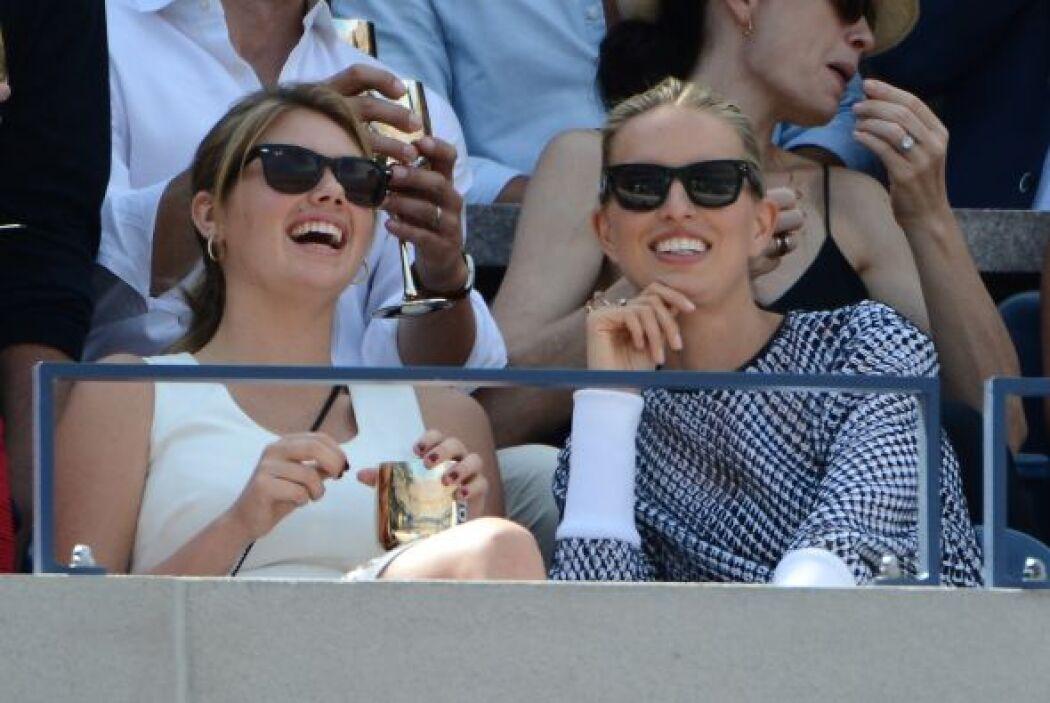 Las modelos Kate Upton y Karolina Kurkova.Mira aquí lo último en chismes.