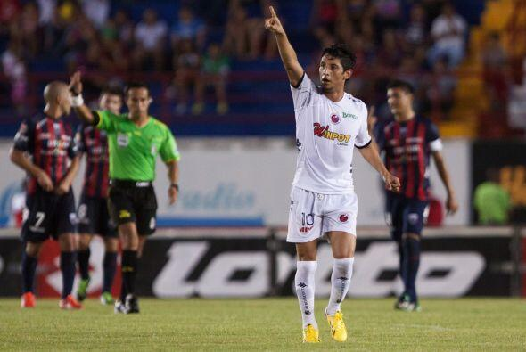 En el 2013 el Veracruz, equipo recién ascendido, sorprendí...