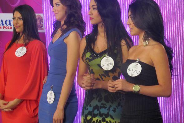 Las cuatro chicas que fueron elegidas de Phoenix y que pasan a la segund...