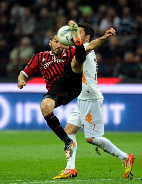 El conjunto 'rossonero' apretó las marcas y, por momentos, la Rom...