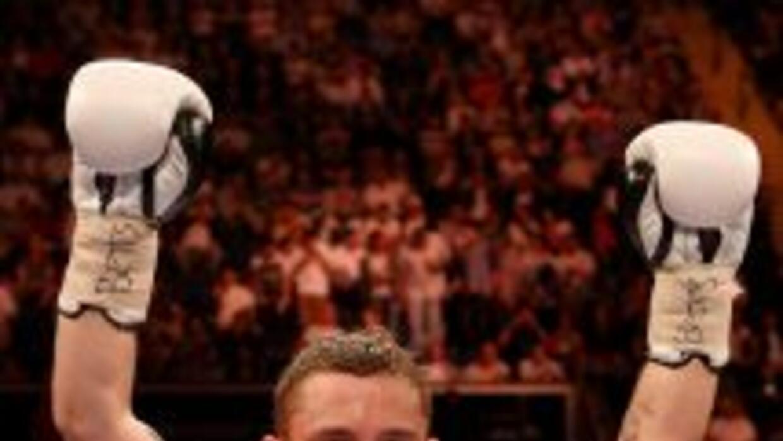Carl Frampton consiguió un buen triunfo sobre Kiko Martínez.