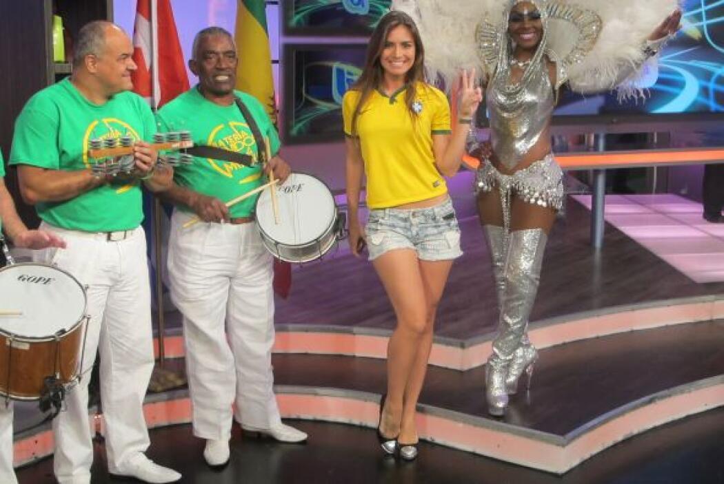 Aquí vemos a Caipiriña, quien nos mostró sus mejores pasos de samba.