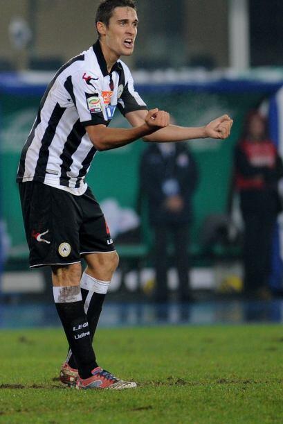 La zona defensiva inicia con el italiano Gabriele Angella.