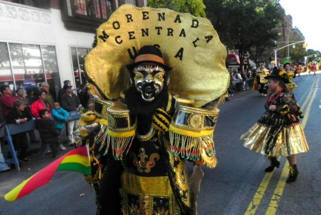Primer desfile Boliviano de Nueva York d94b5a274545409180268f1d10fe10df.jpg
