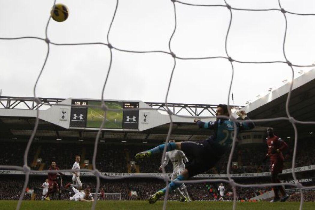 Yoan Gouffran sin emabrgo complicó las cosas con el gol del empate.