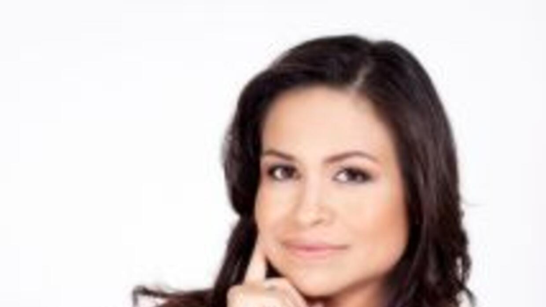 La periodista Mariela Romero es Directora de Asuntos Comunitarios de Uni...