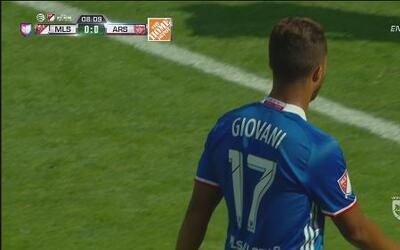 Giovani Dos Santos estuvo cerca de anotar para las Estrellas de la MLS