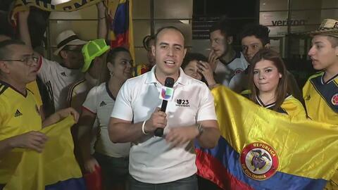 Aficionados colombianos apoyan a su selección
