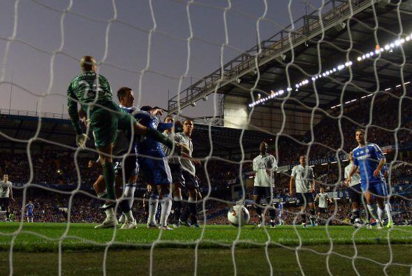 El primer gol del partido lo anotó Daniel Sturridge, era el 1 a 0...