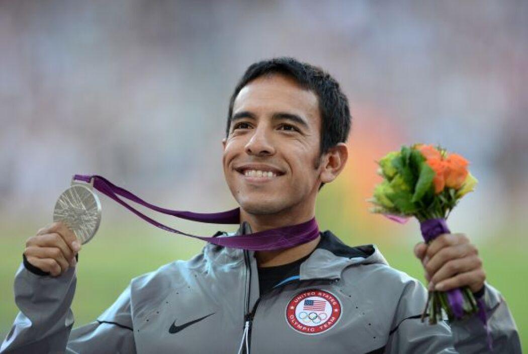 Leo Manzano: Es un corredor mexicano-americano que en ocasiones ha menci...