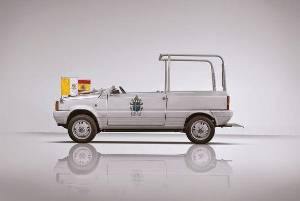 Seat Panda: Diseñado por Giorgetto Giugiaro posee un motor delantero tra...