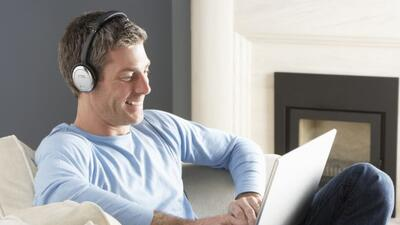 Cada vez más gente prefiere ver sus programas en la computadora.