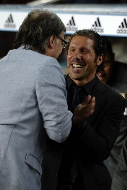 Los argentinos Gerardo Martino y Diego Simeone volvían a verse la...
