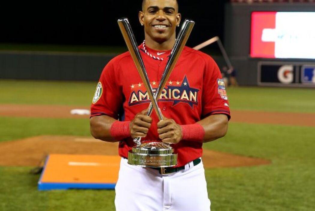El cubano Yoenis Céspedes se convirtió en bicampeón del Home Run Derby a...