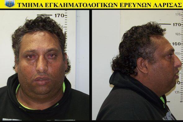Mientras que el hombre, Jristos Salís, de 39, lo hizo en la penit...