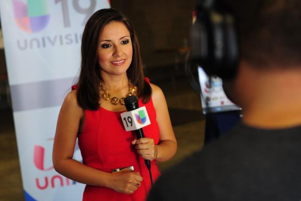 Pamela Diaz reportando en vivo desde Cal Expo.