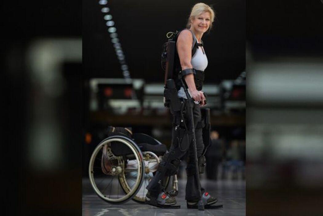 Luego de pasar más de 20 años en silla de ruedas por una paraplejia, est...