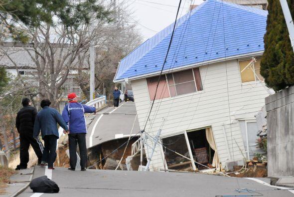 El terremoto inició a una profundidad de 10 kilómetros (se...