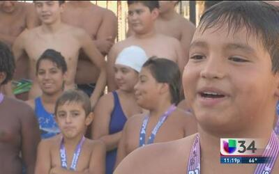 Jóvenes atletas luchan por el amor a su deporte