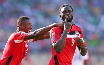 Kenwyne Jones jugará cedido en Trinidad y Tobago antes de unirse a Atlanta.